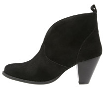 PAM Ankle Boot black