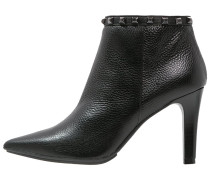 REALES High Heel Stiefelette black