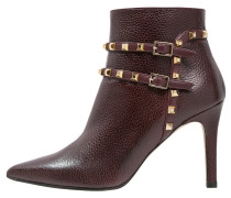 RUBRICA Ankle Boot wine