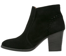 FERN Ankle Boot black