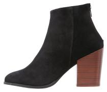 VMDORTHE - High Heel Stiefelette - black