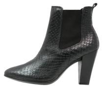 SHAPE 75 Ankle Boot black