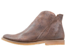 CLASH Ankle Boot camel