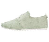 GWEN - Sportlicher Schnürer - green towel