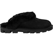 Black Shoe Coquette