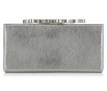 Celeste/s Clutch aus silbernem Leder in Metallic-Optik mit Kristallverschluss