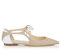 Vanessa Flat Spitze flache Schuhe aus Reliefleder in hellem Mocha und kreidefarbenem Lackleder