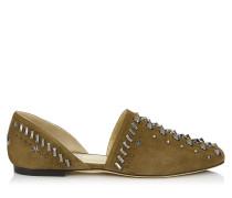 Globe Flat Flache Schuhe aus Wildleder in Olive mit Nieten
