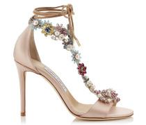 Reign 100 Sandalen aus rosanem Satin mit Kristall in Kamelie