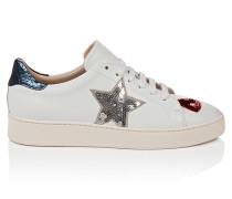 Leder-Sneakers mit dekorativen Details