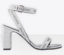 Allover-Logo Round 80 mm Sandale mit Knöchelriemen