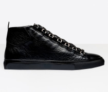 Hohe Sneakers mit Glanzeffekt