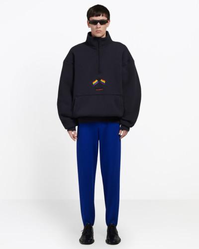 Zweilagiger Pullover mit hohem Reißverschlusskragen