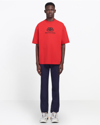 T-Shirt in normaler Passform mit BB Print