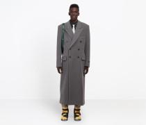 Langer zweireihiger Mantel