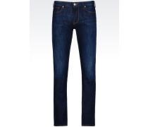 J83 Slim Fit-Jeans mit Dunkler Waschung