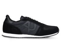 Sneaker aus Funktionsmaterial