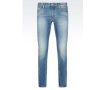 J06 Slim Fit-Jeans mit Mittelblauer Waschung