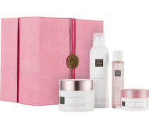 The Ritual Of Sakura Relaxing Collection Giftset Zensational Foaming Shower Gel 200 ml + Celebrate Each Day Body Scrub 125 g + Magic Touch Body Cream 220 + Flourishing Bed & Body Mist 50 ml