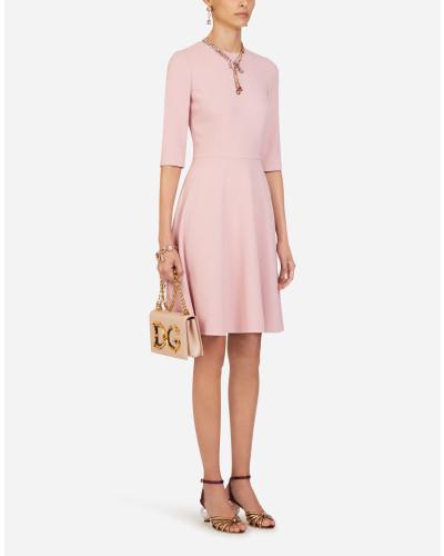 Midi-Kleid mit Kurzen Ärmeln aus Cady