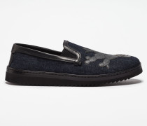 SLIP-ONS AUS DENIM MIT APPLIKATION