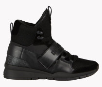 Kari Sneakers