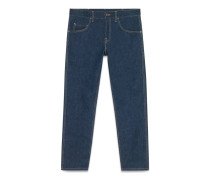Jeans mit abgeschrägtem Bein und Leistendetail