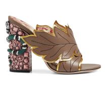 Sandale aus Leder mit überkreuztem Riemen