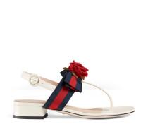 Sandale aus Leder mit Webdetail