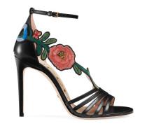 Sandale aus Leder mit mittelhohem Absatz und Stickerei