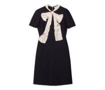Kleid aus Wolle und Seide mit Schleife