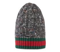 Mütze mit Zopfmuster und Webdetail