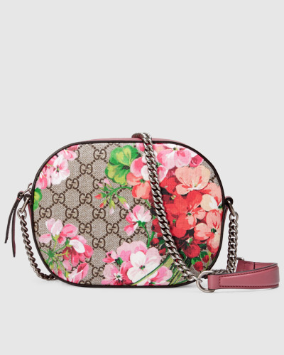 gucci damen mini tasche blooms gg supreme mit kette. Black Bedroom Furniture Sets. Home Design Ideas