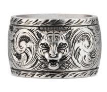 Breiter Ring aus Silber mit Felinekopf