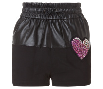 "hot pants ""love it"""