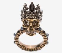 Ring mit Queen Skull