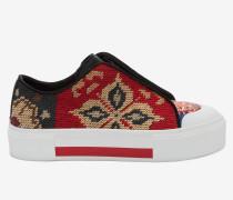 Tief geschnittene Schnür-Sneakers