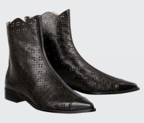 LEATHER LACE laser cut ankle boot 38
