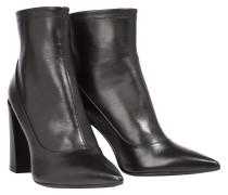 REFINED ESSENCE chunky heel pointy booty, 10 cm