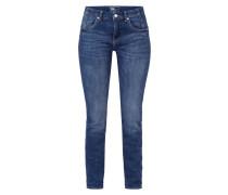 Jeans mit Label-Patch aus Ziersteinen