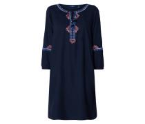 Kleid mit Ethno-Stickereien