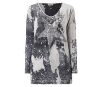 Pullover mit Stern aus Ziersteinen