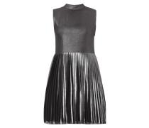 Kleid in Metallicoptik mit Plisseefalten
