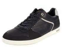 Sneaker aus Leder mit Perforierung