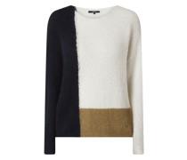 Pullover mit überschnittenen Schultern Modell 'Tapina'