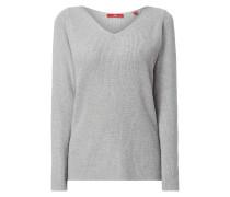 Pullover mit Ösen und Schnürung