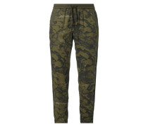 Jogpants mit Camouflage-Muster
