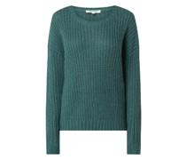 Pullover mit überschnittenen Schultern