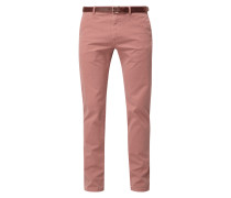 Regular Slim Fit Chino mit Gürtel