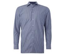 Business-Hemd mit Streifen-Dessin